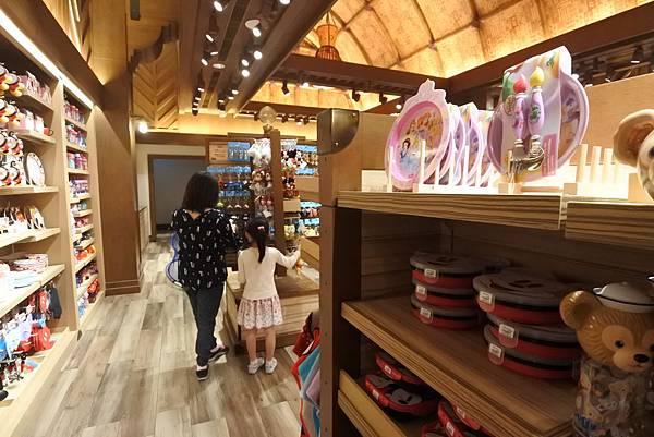 香港迪士尼探索家度假酒店:叢林商店 (11).JPG