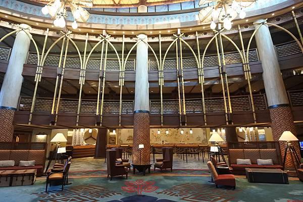 香港迪士尼探索家度假酒店:大堂 (5).JPG