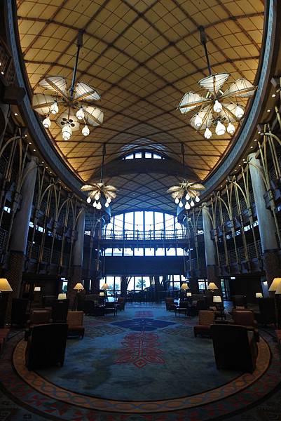 香港迪士尼探索家度假酒店:大堂 (9).JPG