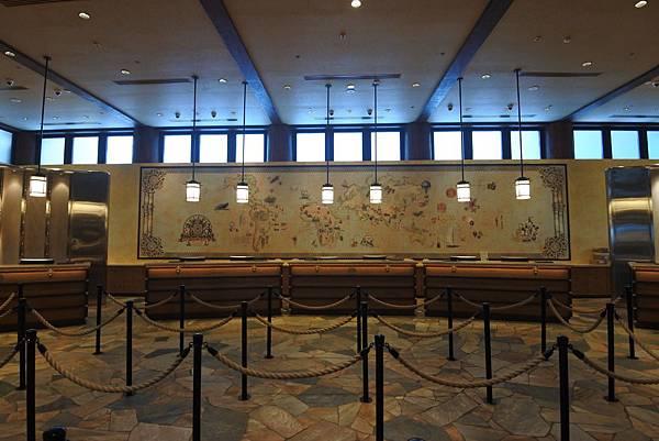 香港迪士尼探索家度假酒店:大堂 (12).JPG