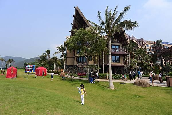 香港迪士尼探索家度假酒店:小海龜庭園 (31).JPG