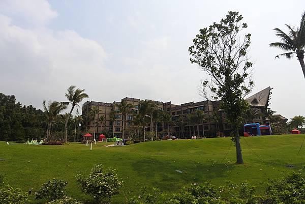香港迪士尼探索家度假酒店:小海龜庭園 (35).JPG
