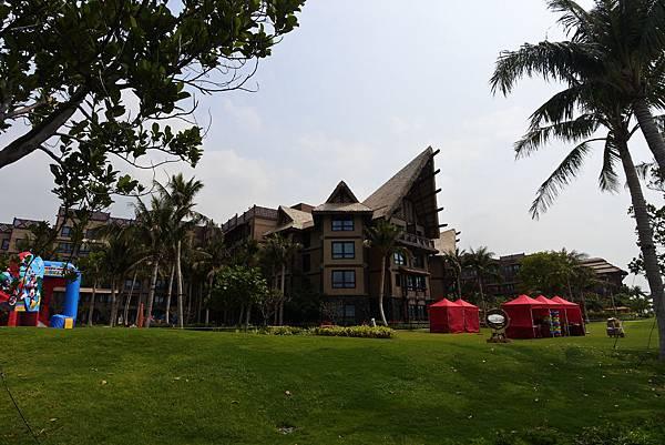 香港迪士尼探索家度假酒店:小海龜庭園 (38).JPG