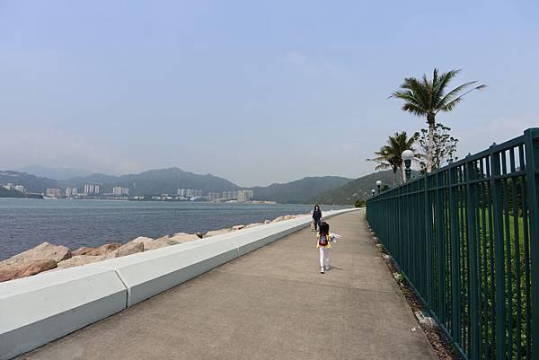 香港迪士尼探索家度假酒店:海濱長廊 (7).JPG