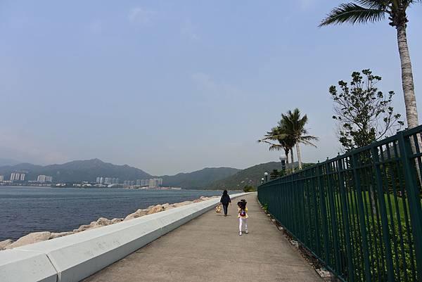香港迪士尼探索家度假酒店:海濱長廊 (8).JPG