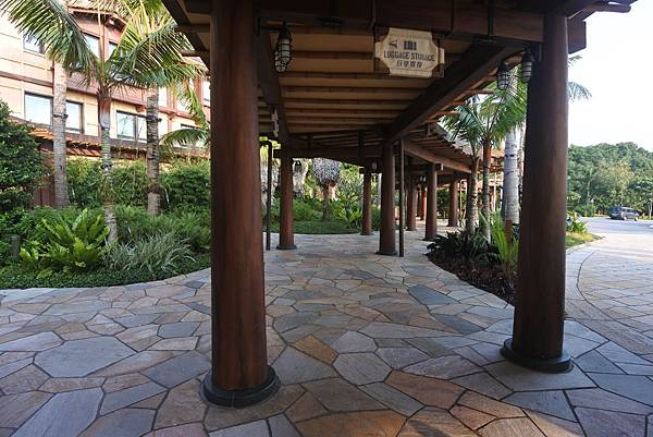 香港迪士尼探索家度假酒店:外觀 (12).JPG