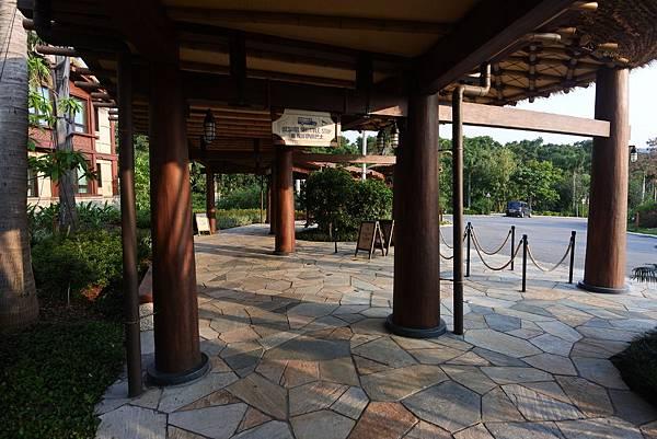 香港迪士尼探索家度假酒店:外觀 (13).JPG