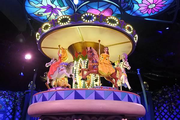 香港迪士尼樂園:公主皇室庭園 (1).JPG