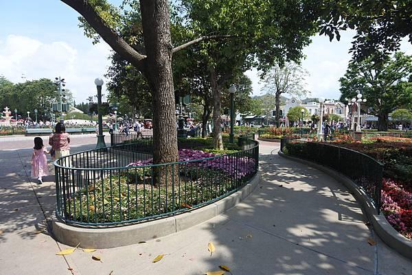 香港迪士尼樂園:公主皇室庭園 (7).JPG