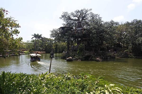 香港迪士尼樂園:森林河流之旅+加利布尼市集 (1).JPG