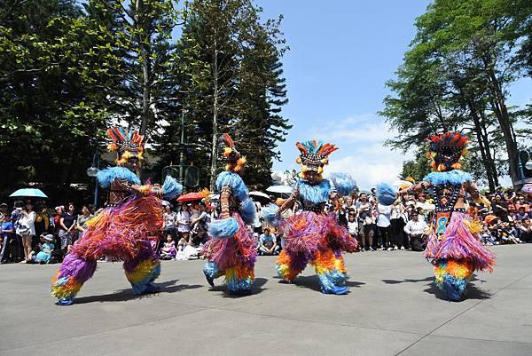 香港迪士尼樂園:迪士尼飛天巡遊 (4).JPG