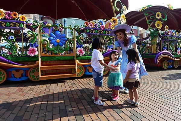香港迪士尼樂園:迪士尼明星嘉年華列車 (29).JPG