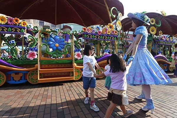 香港迪士尼樂園:迪士尼明星嘉年華列車 (30).JPG