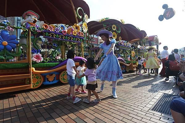 香港迪士尼樂園:迪士尼明星嘉年華列車 (32).JPG