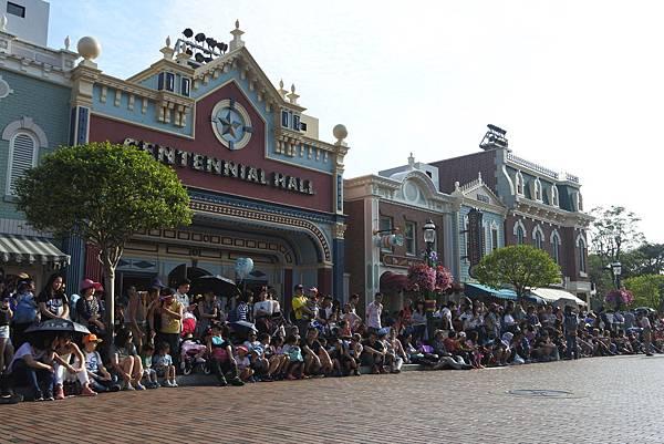 香港迪士尼樂園:迪士尼明星嘉年華列車 (63).JPG