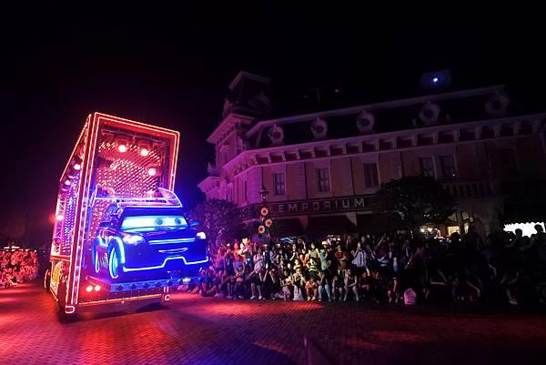 香港迪士尼樂園:「迪士尼光影匯」夜間巡遊 (5).JPG