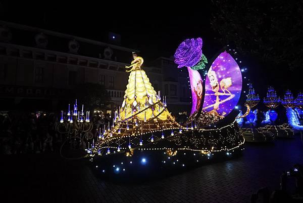 香港迪士尼樂園:「迪士尼光影匯」夜間巡遊 (18).JPG