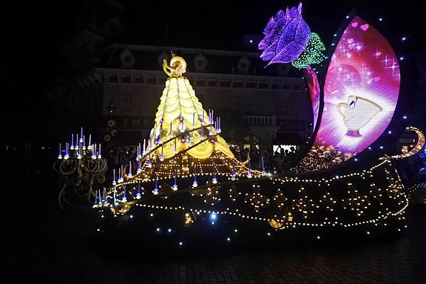 香港迪士尼樂園:「迪士尼光影匯」夜間巡遊 (19).JPG