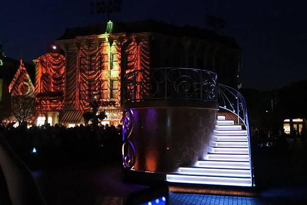香港迪士尼樂園:「迪士尼光影匯」夜間巡遊 (33).JPG