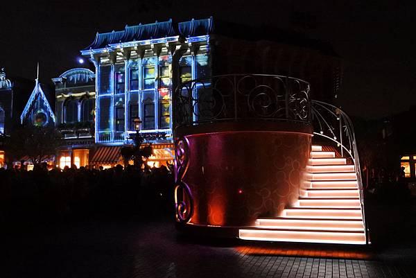 香港迪士尼樂園:「迪士尼光影匯」夜間巡遊 (36).JPG