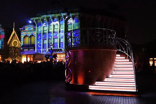 香港迪士尼樂園:「迪士尼光影匯」夜間巡遊 (39).JPG