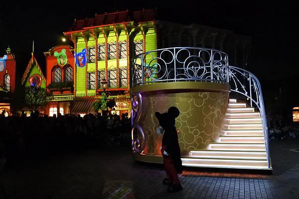 香港迪士尼樂園:「迪士尼光影匯」夜間巡遊 (41).JPG