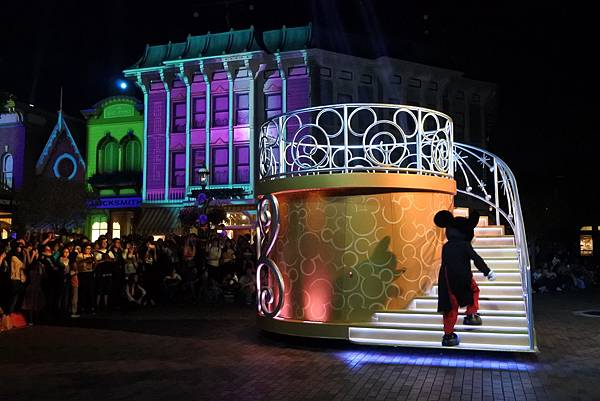 香港迪士尼樂園:「迪士尼光影匯」夜間巡遊 (42).JPG