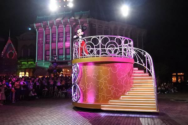 香港迪士尼樂園:「迪士尼光影匯」夜間巡遊 (44).JPG