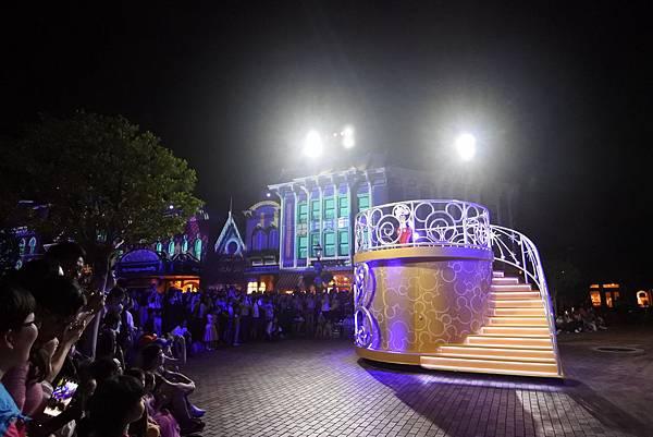 香港迪士尼樂園:「迪士尼光影匯」夜間巡遊 (45).JPG