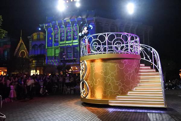 香港迪士尼樂園:「迪士尼光影匯」夜間巡遊 (46).JPG