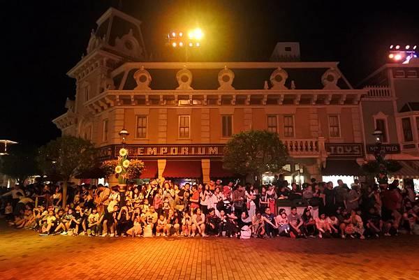 香港迪士尼樂園:「迪士尼光影匯」夜間巡遊 (50).JPG