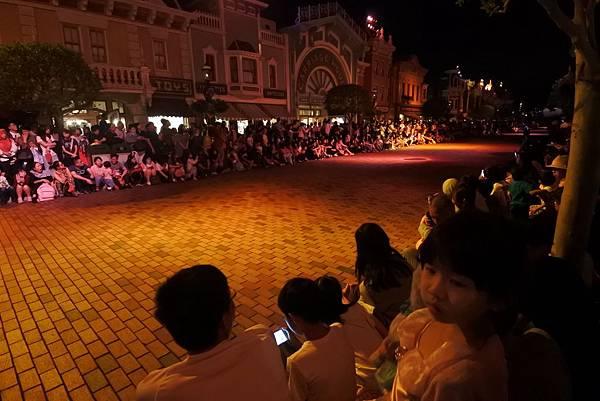 香港迪士尼樂園:「迪士尼光影匯」夜間巡遊 (51).JPG