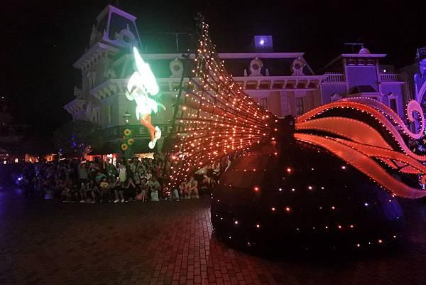 香港迪士尼樂園:「迪士尼光影匯」夜間巡遊 (55).JPG