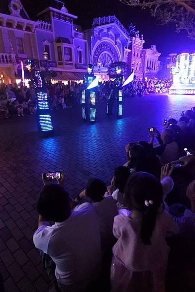 香港迪士尼樂園:「迪士尼光影匯」夜間巡遊 (56).JPG
