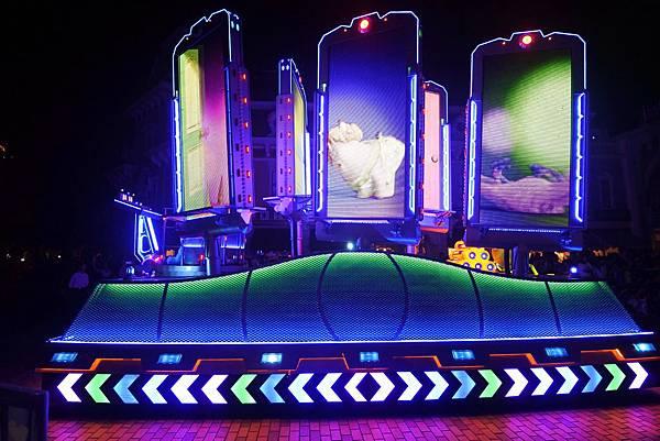 香港迪士尼樂園:「迪士尼光影匯」夜間巡遊 (60).JPG