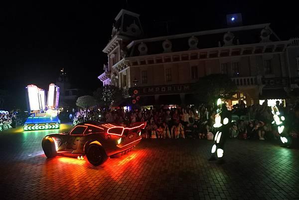 香港迪士尼樂園:「迪士尼光影匯」夜間巡遊 (65).JPG