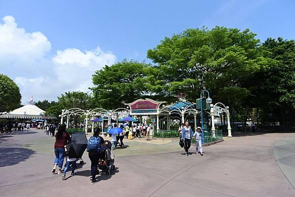 香港迪士尼樂園 (14).JPG