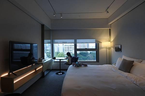香港Hotel Stage登臺:豪華客房 (1).JPG