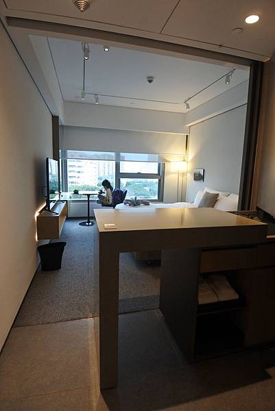 香港Hotel Stage登臺:豪華客房 (2).JPG