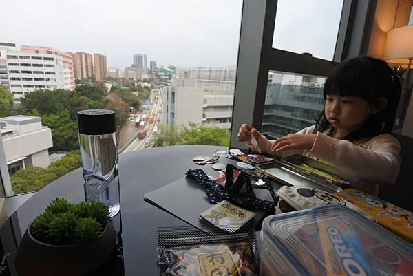 香港Hotel Stage登臺:豪華客房 (17).JPG