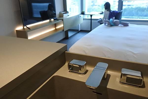 香港Hotel Stage登臺:豪華客房 (38).JPG