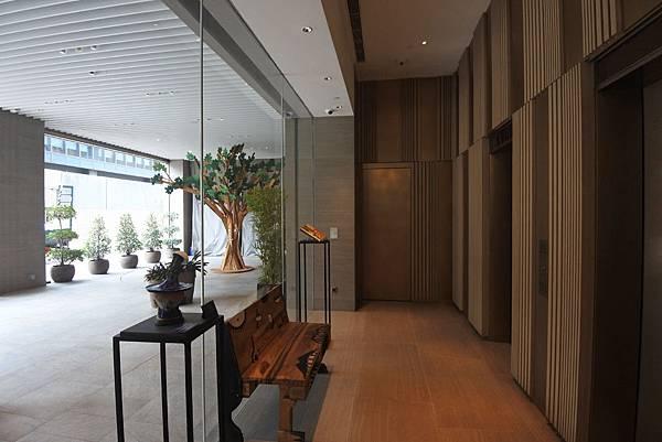 香港Hotel Stage登臺:大廳 (9).JPG