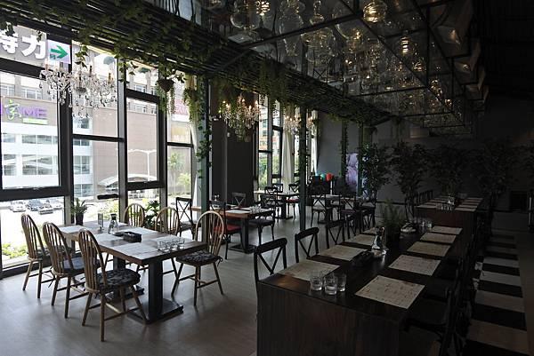 台北市樂尼尼義式餐廳台北內湖店 (28).JPG