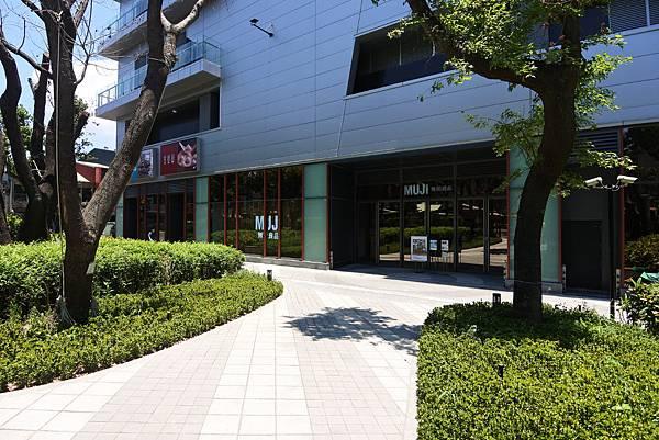 台北縣樹林市秀泰生活樹林店 (9).JPG