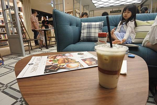 台北縣樹林市秀泰生活樹林店:秀咖啡 (6).JPG