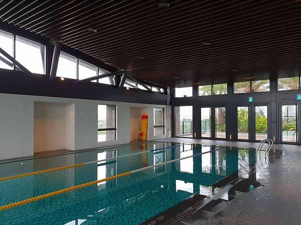 台南市台南大員皇冠假日酒店:游泳池及三溫暖 (4).jpg