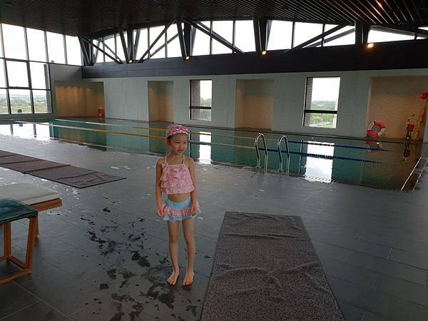 台南市台南大員皇冠假日酒店:游泳池及三溫暖 (5).jpg