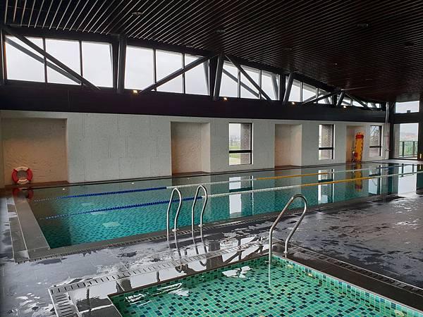 台南市台南大員皇冠假日酒店:游泳池及三溫暖 (30).jpg
