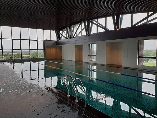 台南市台南大員皇冠假日酒店:游泳池及三溫暖 (33).jpg