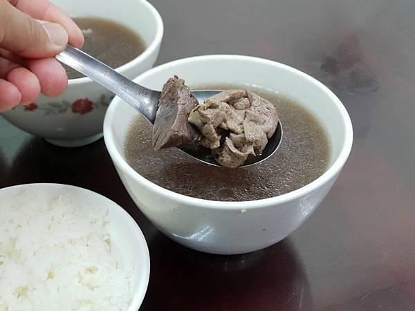 台南市安平文章牛肉湯 (2).jpg